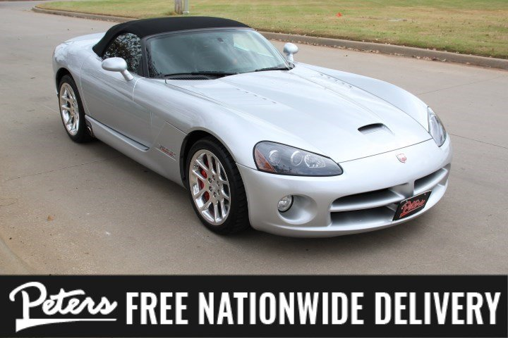 Pre-Owned 2005 Dodge Viper SRT10