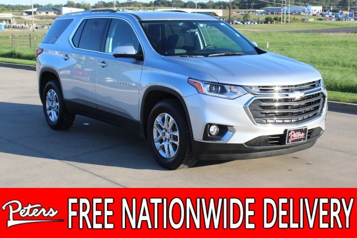 Pre-Owned 2018 Chevrolet Traverse LT Cloth