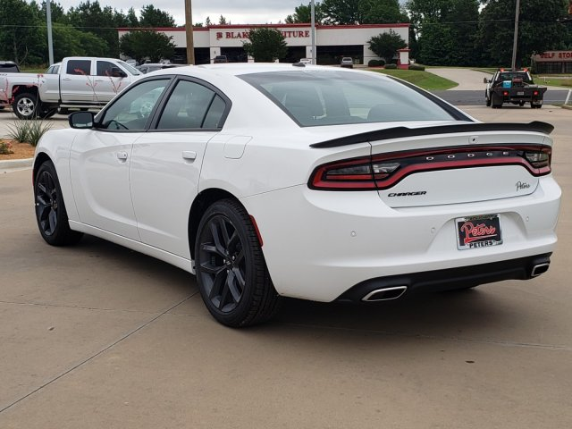 New 2019 Dodge Charger Sxt 4dr Car In Arcadia 19d284 Desoto Auto Mall
